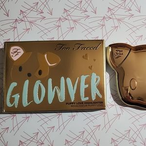 Too Faced Glowver